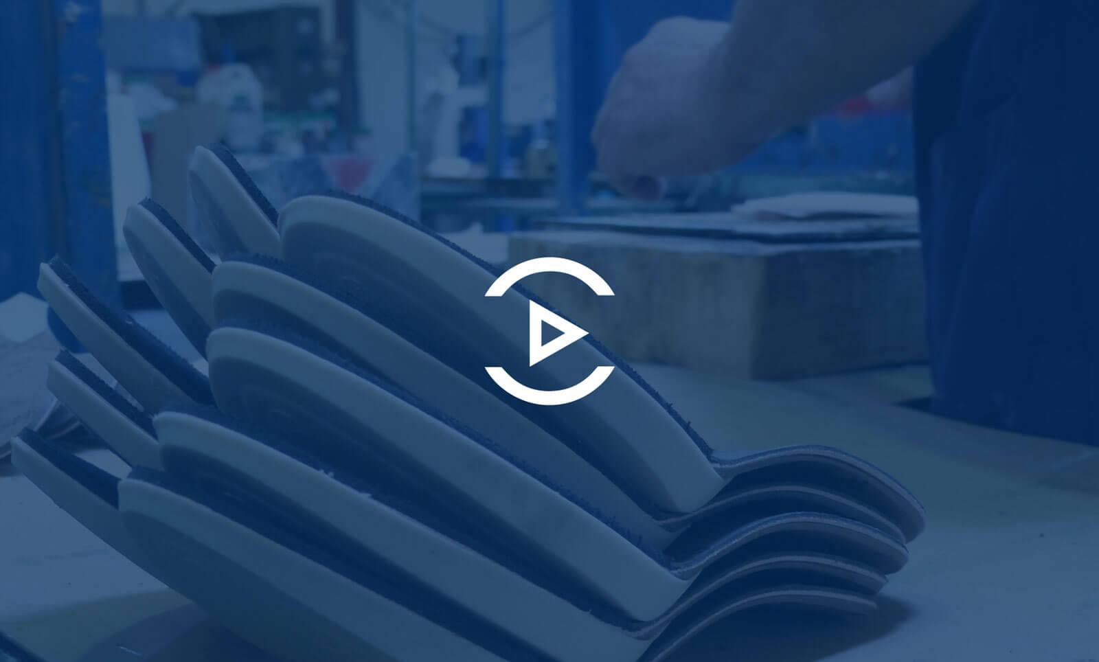 Así creamos las suelas para tus zapatos en Prefabricados Majoma