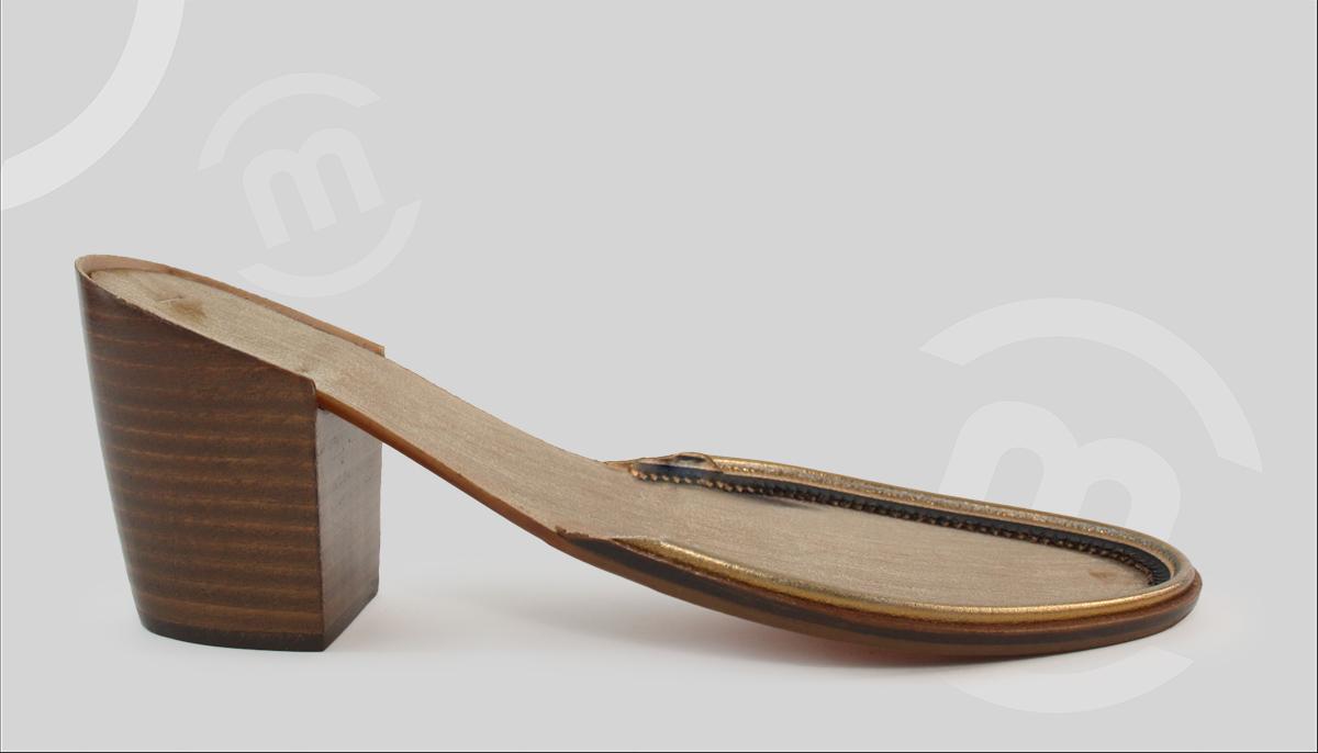 Suela con tacón para zapatos de mujer